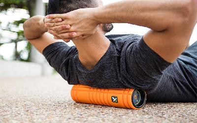 Blog Foam Rolling + Vibrace: Jak tato kombinace pomáhá svalům se zotavením?